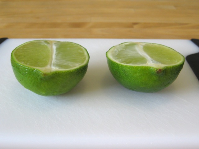 Halving a lime lengthwise